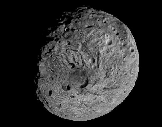 Pólo sul do asteroide Vesta: foto da sonda Dawn da NASA.