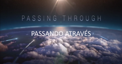 "Passando Através - Nikola Tesla ""Passing Through"""