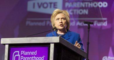 Maior clínica de abortos dos EUA anuncia risco de falência após derrota de Hillary